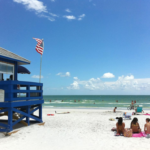 1_-_Siesta_Key_Beach_With_Blue_Lifeguard_Stand